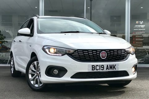 White FIAT Tipo T-jet Easy Plus 2019