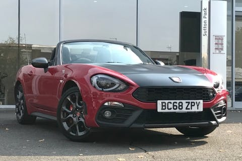 Red Abarth 124 Spider Multiair 2019