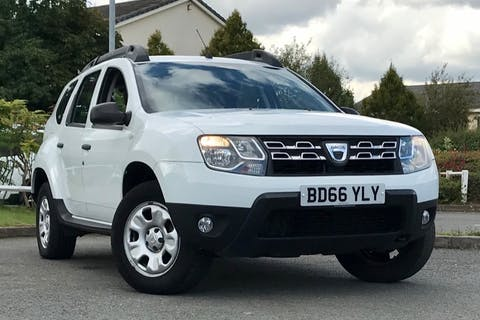 White Dacia DUSTER Ambiance Dci 2016