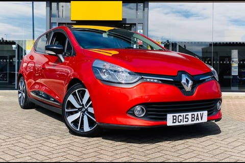 Red Renault Clio Dynamique S Medianav Energy DCi S/S 2015