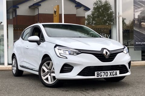 White Renault Clio Play Sce 2020