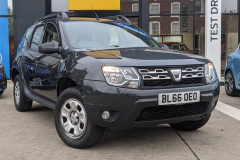 Grey Dacia DUSTER Ambiance Dci 2016