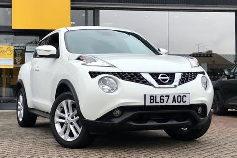 White Nissan Juke N-connecta Dig-t 2017