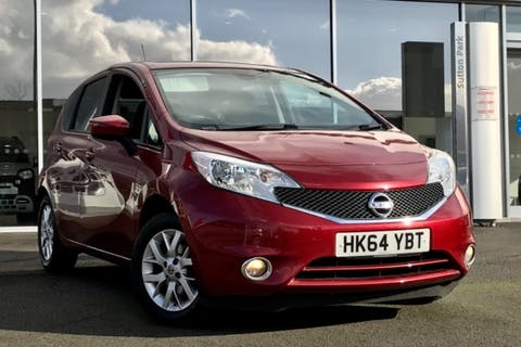 Red Nissan Note Acenta Premium 2015