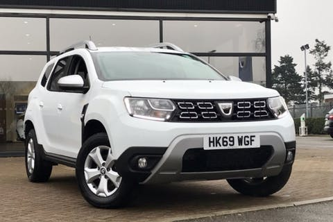 White Dacia Duster Comfort Tce 2019
