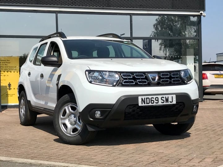 White Dacia Duster Essential Tce 2019