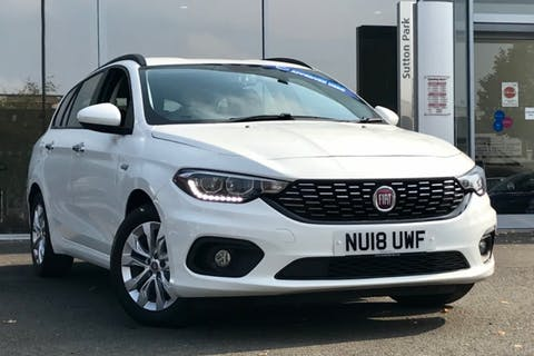 White FIAT Tipo Easy Plus 2018