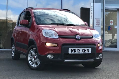 Red FIAT Panda MultiJet 2013