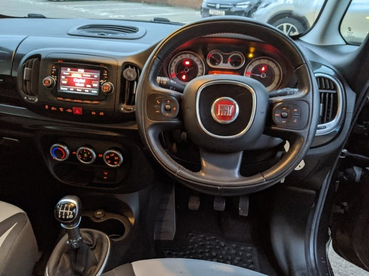 Grey FIAT 500l Pop Star 2014