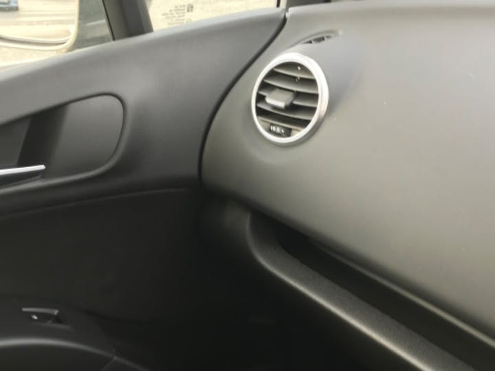 Brown Vauxhall Meriva Tech Line 2015