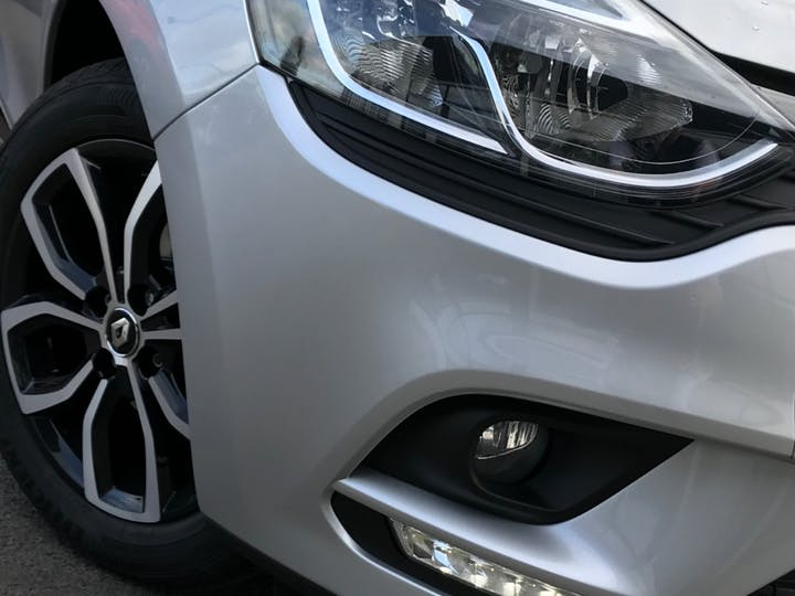 Grey Renault Clio Play Tce 2019