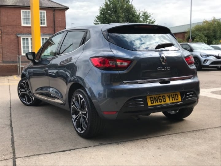 Silver Renault Clio Iconic Tce 2018