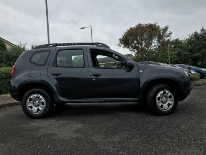Grey Dacia Duster Ambiance Dci 2015