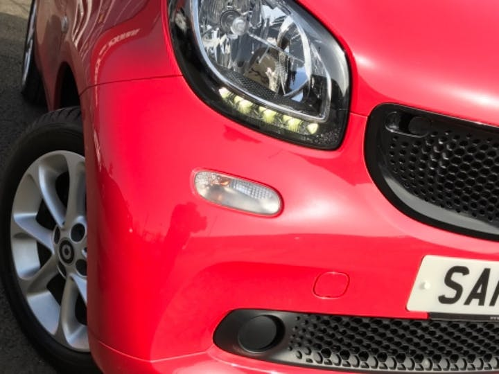Red smart Fortwo Coupe Passion Premium 2016