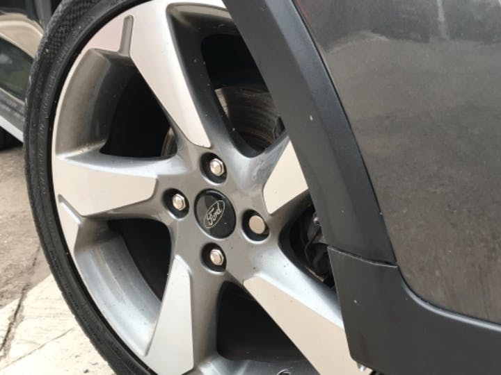 Grey Ford Fiesta Active 1 2019